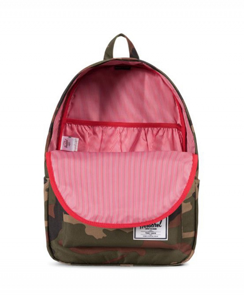 a0b83409a3a HERSCHEL CLASSIC X-LARGE BACKPACK WOODLAND CAMO